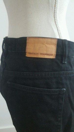 Schwarze Mom Jeans von Trafaluc Gr.36