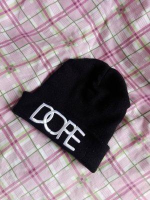 Schwarze Mütze mit ''DOPE'' Aufschrift