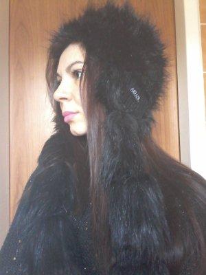 Schwarze Mütze, sehr schön für kalte Jahreszeit