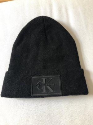 Calvin Klein Jeans Chapeau en tricot noir