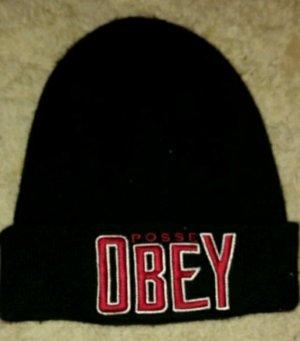 Schwarze Mütze von Obey