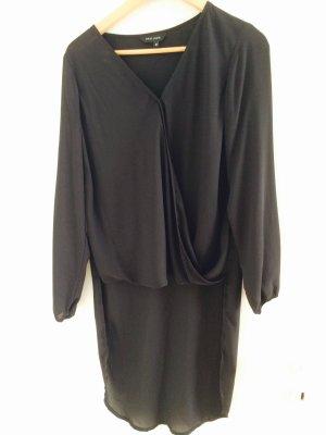 Schwarze neue elegante Bluse