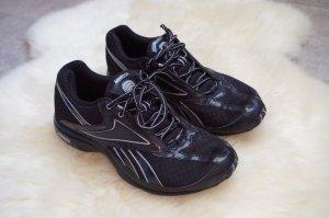schwarze neuwertige Traintones von Reebok