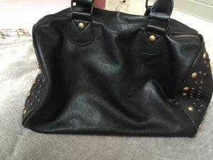 Schwarze-Nieten Handtasche
