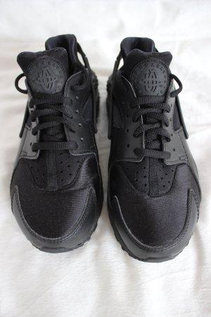 schwarze Nike Air Huarache Damen