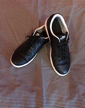 schwarze Nike Senkers Größe 42,5