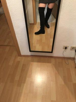 Schwarze Overknee Stiefel