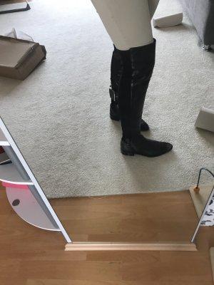 Schwarze Overknees