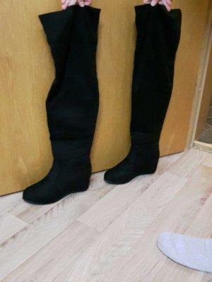 Schwarze Overknie Stiefel