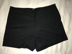 Schwarze Panty für den Sommer