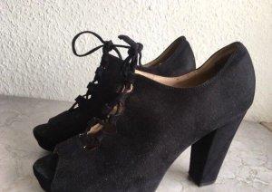 Schwarze Peeptoes High Heels in Wildlederoptik