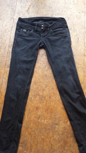 Schwarze Pepe Jeans mit gerade geschnittenem Bein