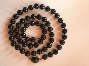 Collar de perlas negro-color plata