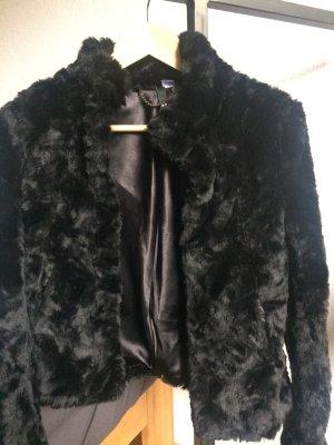 schwarze Plüsch-/Felljacke H&M