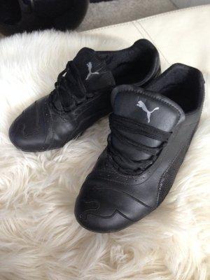 Schwarze Puma Schuhe Gr. 38