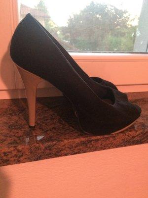schwarze Pumps/High Heels mit beigem Absatz