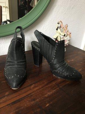 Schwarze Pumps high heels Schuhe Rocker Leder Look Nieten Silber schwarz spitz Absatz 41