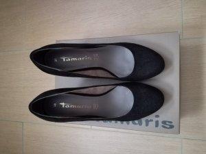 Schwarze Pumps von Tamaris