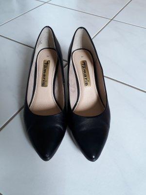 Tamaris Pointed Toe Pumps black