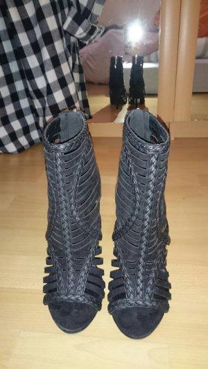 Schwarze Riemen High Heel- Sandaletten