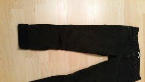 Schwarze Röhren Jeans M