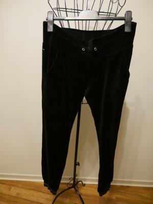 schwarze Samt Hose