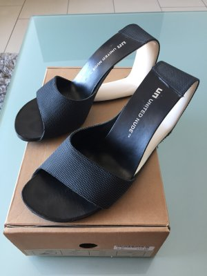 Schwarze Sandale United Nude