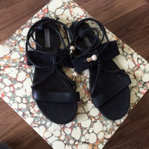 Schwarze Sandalen Größe 37