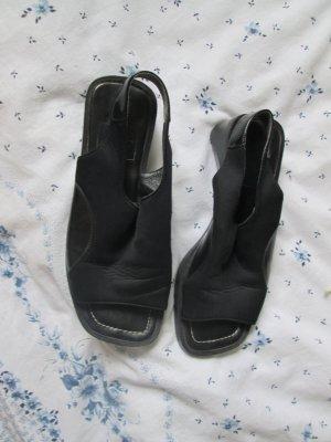 schwarze Sandalen Größe 4