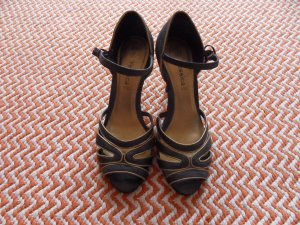 Schwarze Sandalen High Heels in Retro-Optik