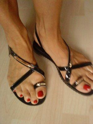 schwarze Sandalen mit Golddetails Größe 40 Bassano