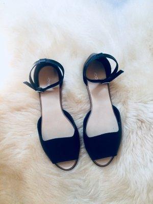 schwarze Sandalen Peeptoes Leder