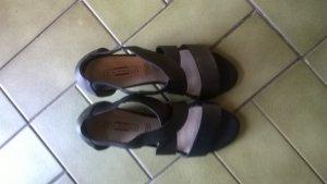 schwarze Sandalen von 5th Avenue
