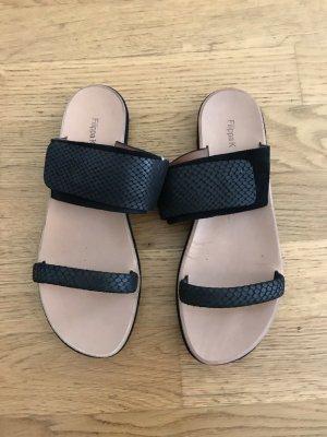 Filippa K Comfort Sandals black