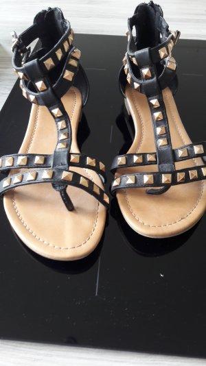 schwarze Sandalen von Graceland