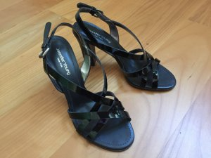 Schwarze Sandaletten aus Lackleder, Größe 36