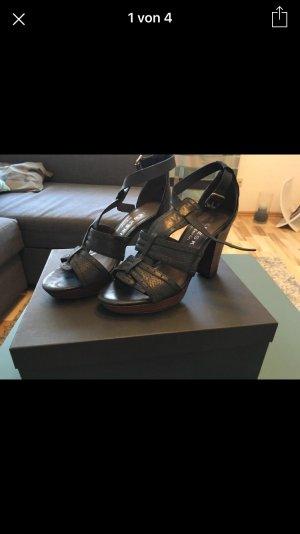 schwarze Sandaletten von Liebeskind Berlin