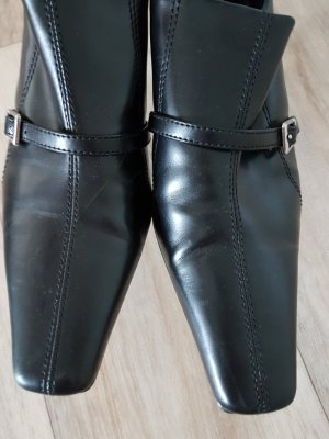 Schwarze schicke Schuhe