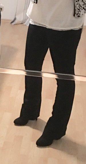 Schwarze Schlaghose von H&M