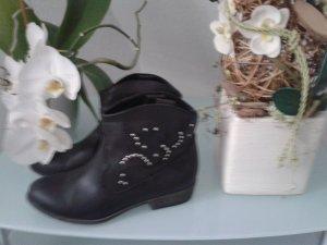 schwarze schlüpf Stiefel