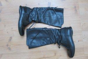 Schwarze (Schnür)Stiefel von Camper