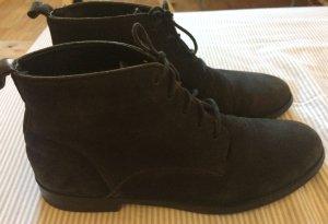 Schwarze Schnür- Stiefeletten aus Leder