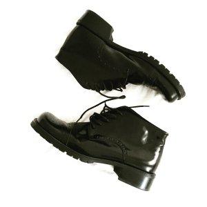 schwarze schnürschuhe / black boots / vintage / leder