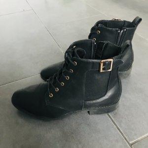 schwarze Schnürstiefeletten mit Reißverschluss