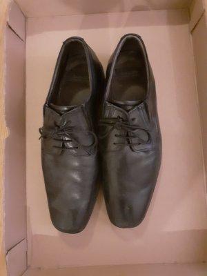 schwarze Schuhe Bugatti