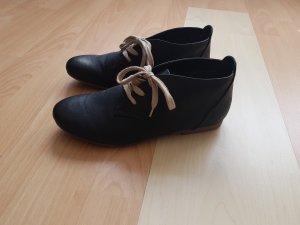 Schwarze Schuhe Gr. 39