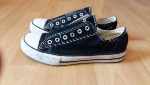 Schwarze Schuhe Größe 38