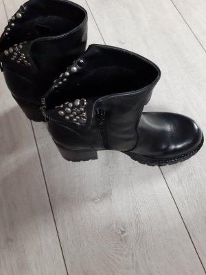 best service 8820a 23c5b schwarze Schuhe von catwalk