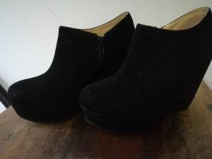 Schwarze Schuhe von Spy Love Buy