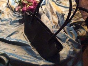 Handbag black leather